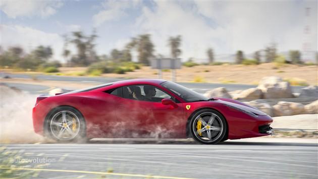 法拉利458换装涡轮增压发动机 2015年发布