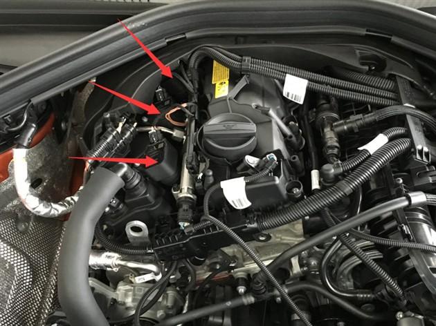 三缸宝马1系发动机舱竟是这样
