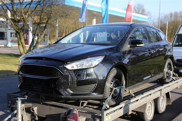 车身尺寸将增大 新一代福克斯测试车曝光