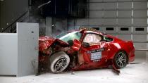 2016款福特Mustang IIHS正面25%碰撞