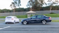 试驾新一代奔驰E级 安全辅助系统出色