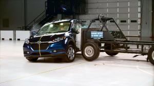 2016款本田HR-V 美国IIHS侧面碰撞测试