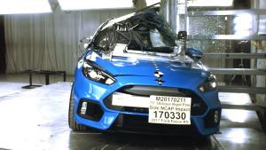 福特福克斯RS侧杆碰撞测试