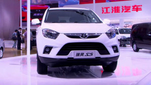 紧凑级SUV江淮瑞风S5
