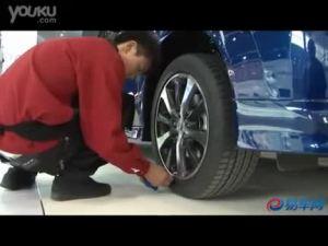 2010北京车展 讴歌展台旁的思铂睿