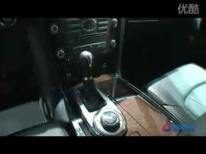 2010广州车展 英菲尼迪白色QX56