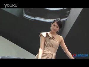 2011上海车展 凯迪拉克CTS车模倾城倾国