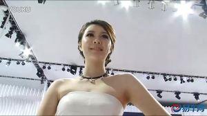 2011广州车展 起亚速迈女模风情万种
