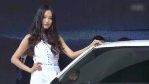 北京汽车C60F展台气质佳人引众围观