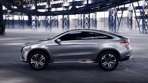 奔驰Concept Coupe SUV 同宝马X6匹敌