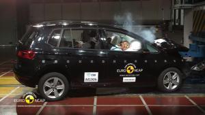 2014款大众高尔夫E-NCAP 碰撞测试