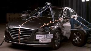 2015款现代劳恩斯 侧面碰撞测试