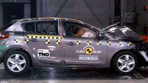 雷诺梅甘娜掀背版 E-NCAP碰撞测试