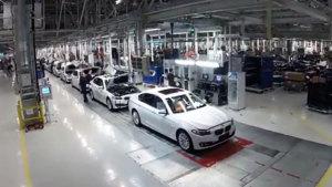 新宝马5系插电式混动版 揭秘铁西工厂