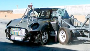 2015款MINI COOPER NHTSA侧面碰撞测试