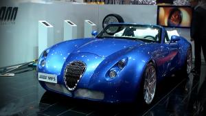 炫酷经典蓝 超跑威兹曼Roadster MF5
