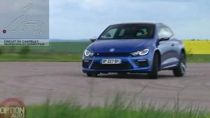 新款尚酷R赛道秀声浪 2.0T高功率发动机