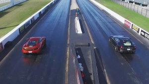 法拉利F12 Berlinetta vs迈凯伦MP4-12C