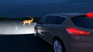 福特全新大灯技术 夜间检测行人/动物