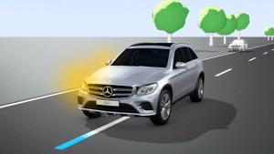 奔驰GLC级 配备车道保持辅助系统