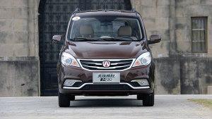 2015款北汽威旺M30 智能家轿级MPV