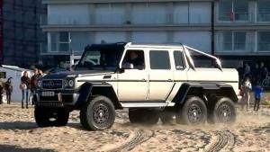 奔驰G63 AMG 6x6 海边沙滩尽情撒欢