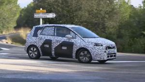 新一代欧宝麦瑞纳小型MPV 对开门式设计