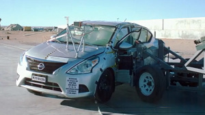 日产阳光海外版 NHTSA侧面碰撞测试