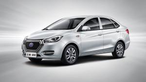江淮iEV5纯电动汽车 最高时速达120km/h