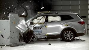 2017款现代胜达 IIHS正面25%碰撞测试