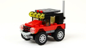 玩具组装小型SUV 造型逼真硬朗