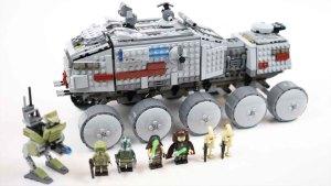 牛人组装涡轮坦克 移动中的装甲堡垒