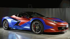 时尚新衣 实拍法拉利458 Italia贴膜