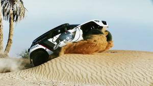 全新越野赛车标致3008 DKR 征战达喀尔