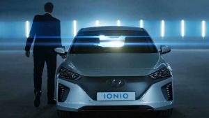 新生代现代IONIQ 搭载混合动力系统