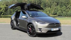 特斯拉Model X 续航里程高达469公里