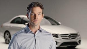 全新奔驰E级 苹果CarPlay系统操作演示