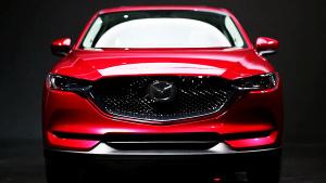 全新马自达CX-5前脸更精致 采用LED光源