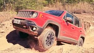 Jeep自由侠越野测试 75周年致敬版亮相