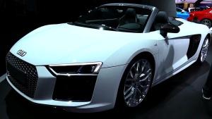 2017款奥迪R8 V10 配碳纤维车身组件
