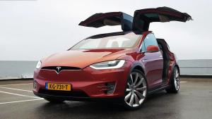 特斯拉Model X 全尺寸纯电动SUV车型