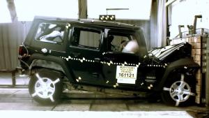 2017款Jeep牧马人 NHTSA正面碰撞测试