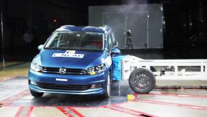 C-NCAP碰撞测试 上汽大众途安L荣获5星