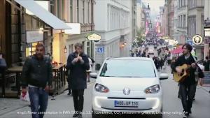 大众e-up!无声行驶 车内口技引路人爆笑