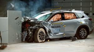 2017款马自达CX-9 美国IIHS正面25%碰撞