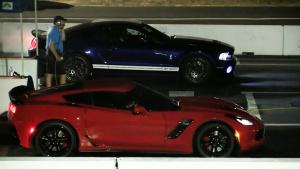 克尔维特Z06竞速福特野马Shelby GT500