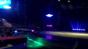 马戏团表演进场