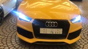 迪拜的豪车就是不一样,这辆黄色奥迪S7好帅