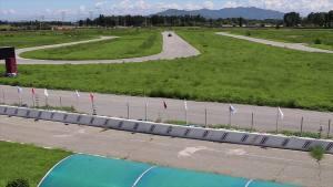 全新奥迪A8L超级评测赛道操控测试