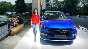 国产轿车新秀,宇儿试驾奇瑞艾瑞泽GX,百公里6.4个油